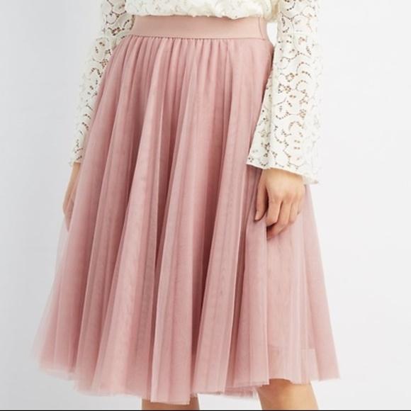 9c300c1df1 Charlotte Russe Dresses & Skirts - Charlotte Russe Tulle Full Midi Skirt
